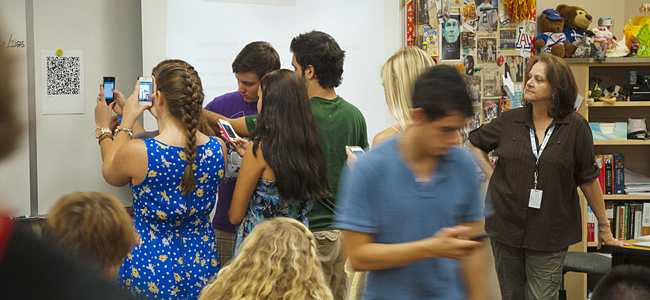 7 Reasons Why Students Should be Allowed to Use Cell Phones in School  Best cell phone coverage