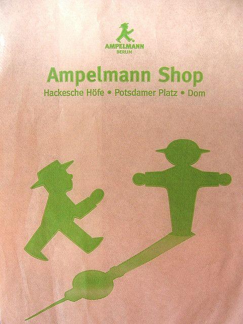 Berlin Ampelmann (feu vert de la ville) Positions de danse