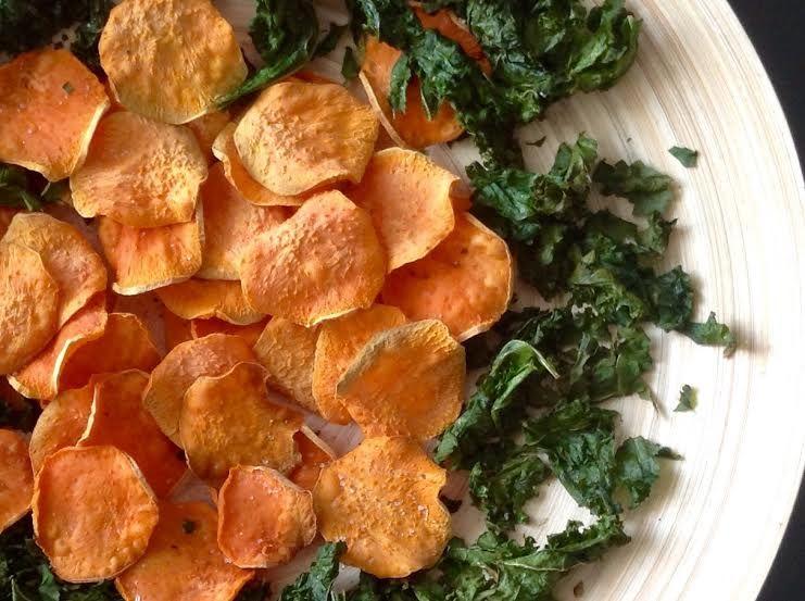 Chips de Boniato, para picar.  #healthy #eathealthyandenjoy #delicious #sweetpotatoe #healthyfood