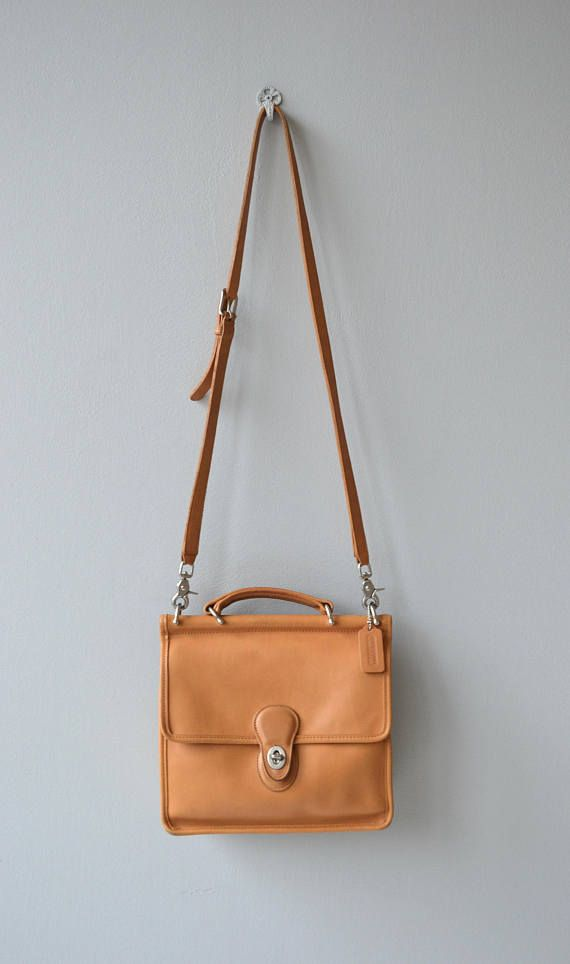 9206262483 Vintage Coach Willis leather crossbody bag in rare butterscotch color with classic  brass hardware