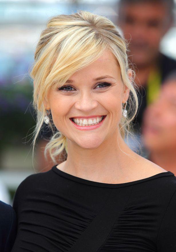 Cannes ist NOCH im Gange und jetzt ist auch ein Pregger Reese Witherspoon da