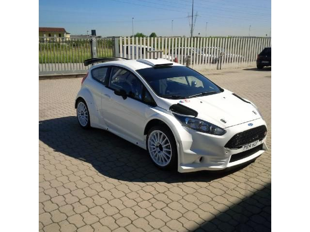 Ford Fiesta R5 For Sale In Italy For More Info And Contact Visit Racemarket Net Motorsport Racemarket Racing Rallycars Rallying Rallycar Rally Wrc R
