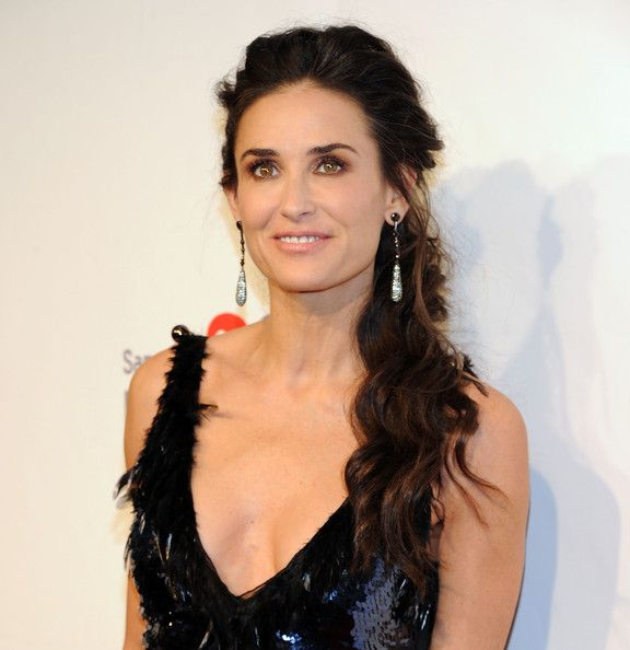demi moore loose ponytail | ponytail, hair style and long hairstyle