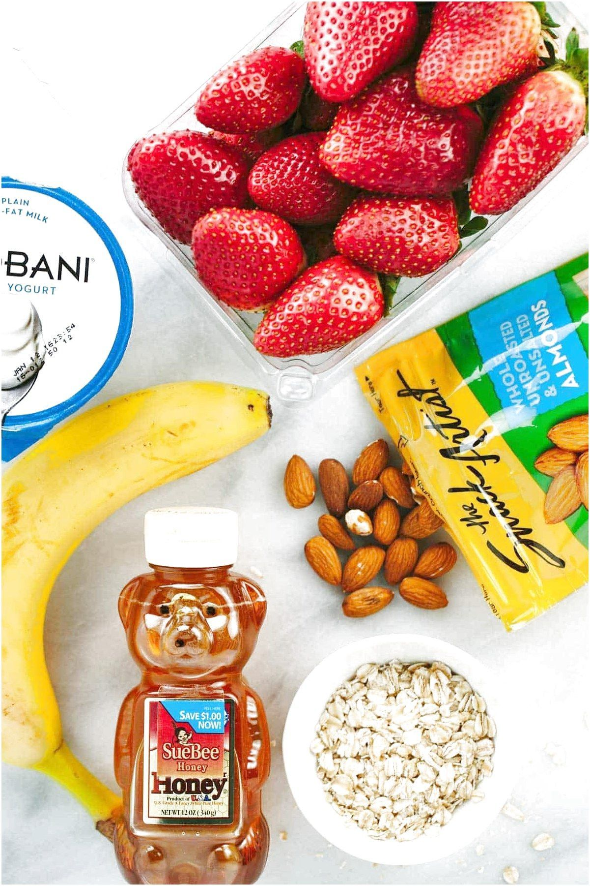 Here are the ingredients for a healthy strawberry banana smoothie with oats almonds and yogurt  jessicagavincom #WeightLossSmoothies Click the image for more info.. #healthystrawberrybananasmoothie Here are the ingredients for a healthy strawberry banana smoothie with oats almonds and yogurt  jessicagavincom #WeightLossSmoothies Click the image for more info.. #healthystrawberrybananasmoothie