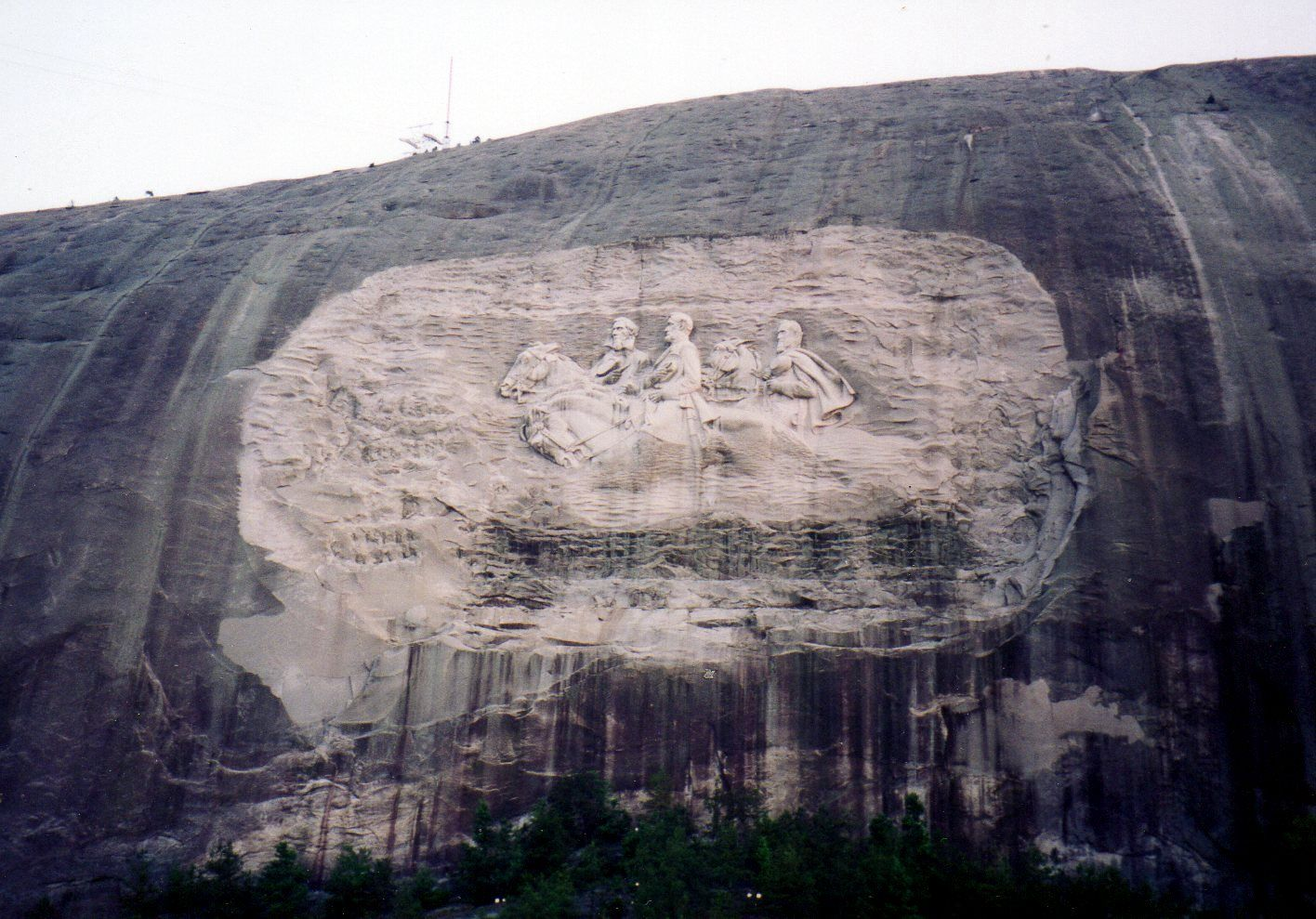 Stone mountain ga the largest bas relief carving in