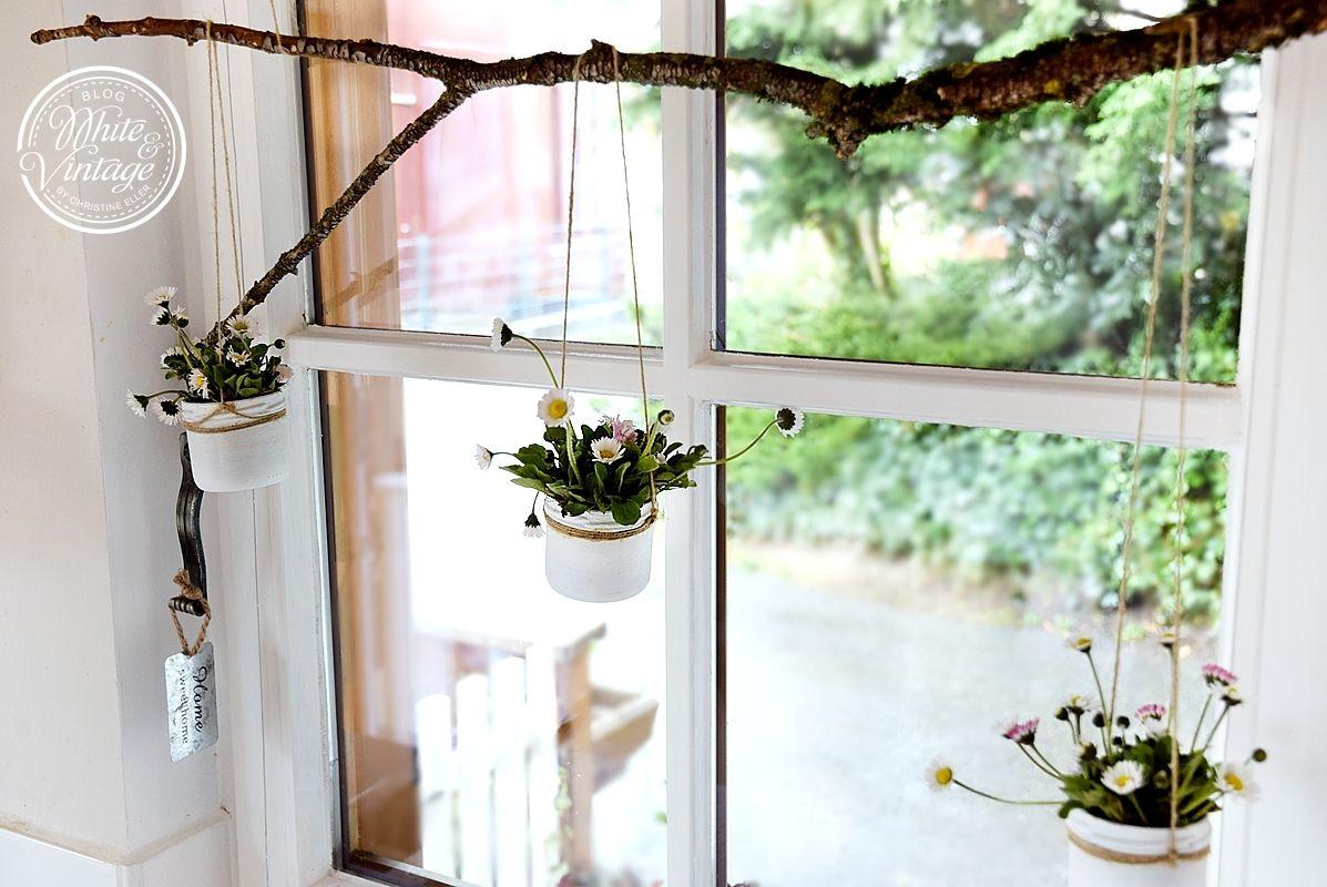 Diy Fensterdeko Mit Ganseblumchen Fensterdeko Deko Furs Fenster Deko