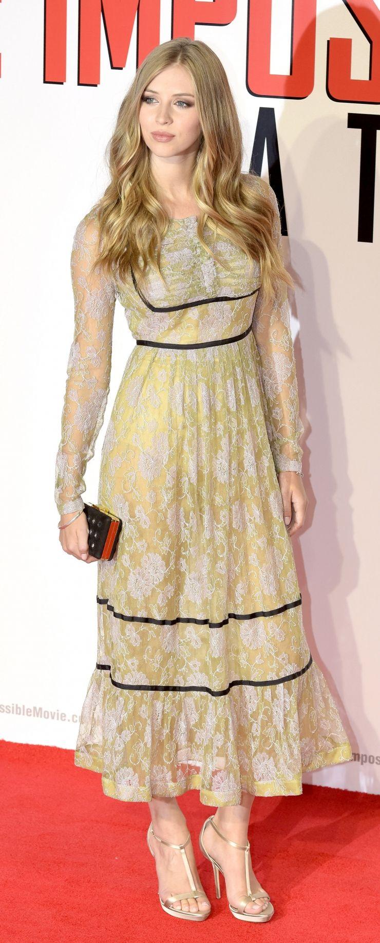Hermione corfield dress long pinterest hermione and vixen