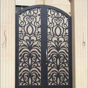 تصميمات ابواب حديد داخلية للمنازل او خارجية الـشـركـة الـامـريـكـيـة Home Decor Decor China Cabinet