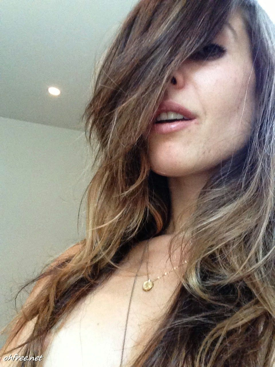 Topless Video Carly Pope naked photo 2017