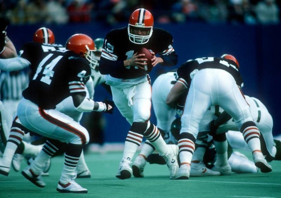 From December 22,1985 where Jets throttled t Browns 37-10 Earnest Byner & Bernie Kosar