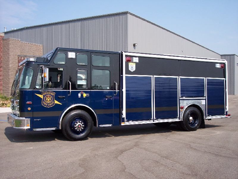 Michigan State Police Swat Truck Police Truck Rescue Vehicles Police Cars