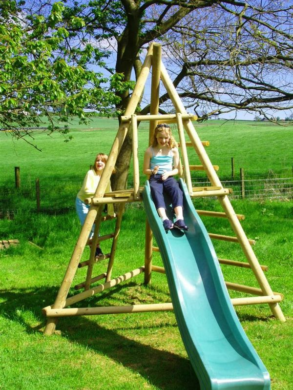 kinderspielplatz garten, children's slide in the garden guarantees great fun for children, Design ideen
