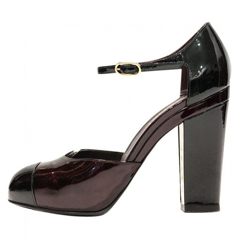 a1bccd70422 burgundy Plain Patent leather CHANEL Heels - Vestiaire Collective ...