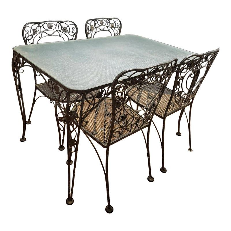 Mid Century Salterini Style Outdoor Wrought Iron Table And Chairs Dining Set In 2021 Wrought Iron Patio Furniture Wrought Iron Furniture Wrought Iron Table