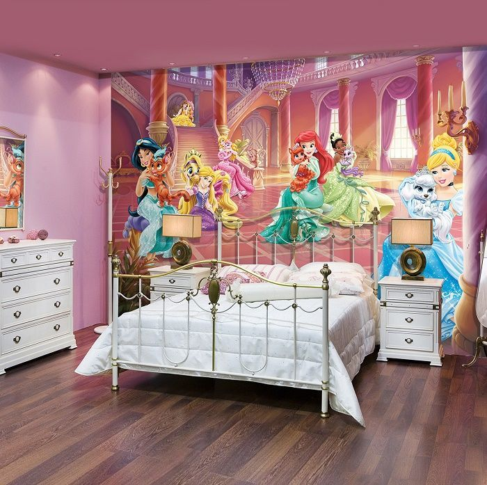 Palace pets Disney girl's wall mural Homewallmurals