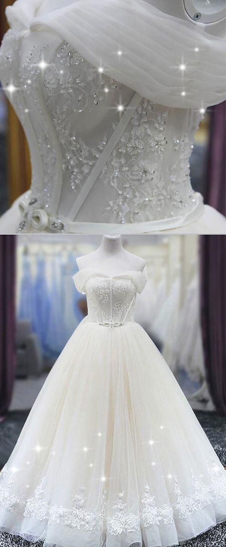 Fantastic Tulle Off-the-shoulder Neckline Ball Gown Wedding Dress ...