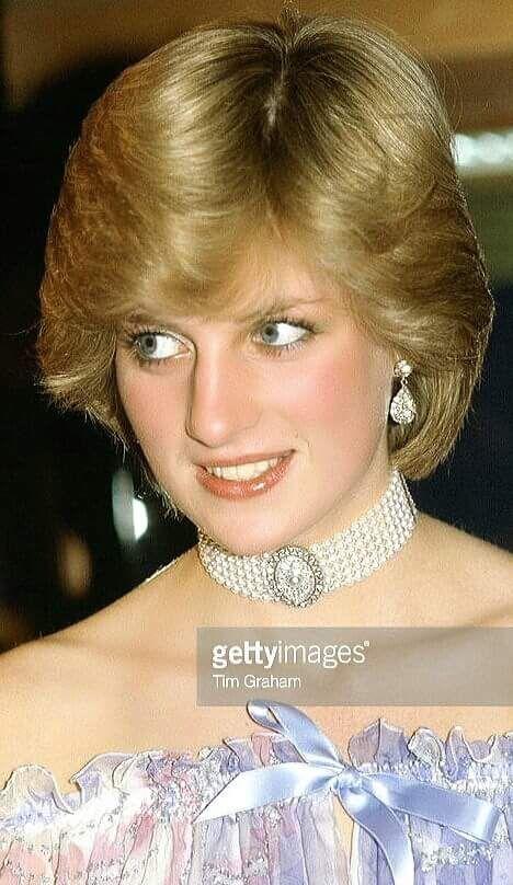 d67591082 Pin by Debra Cornwell on Diana in 2019 | Princess diana hair ...