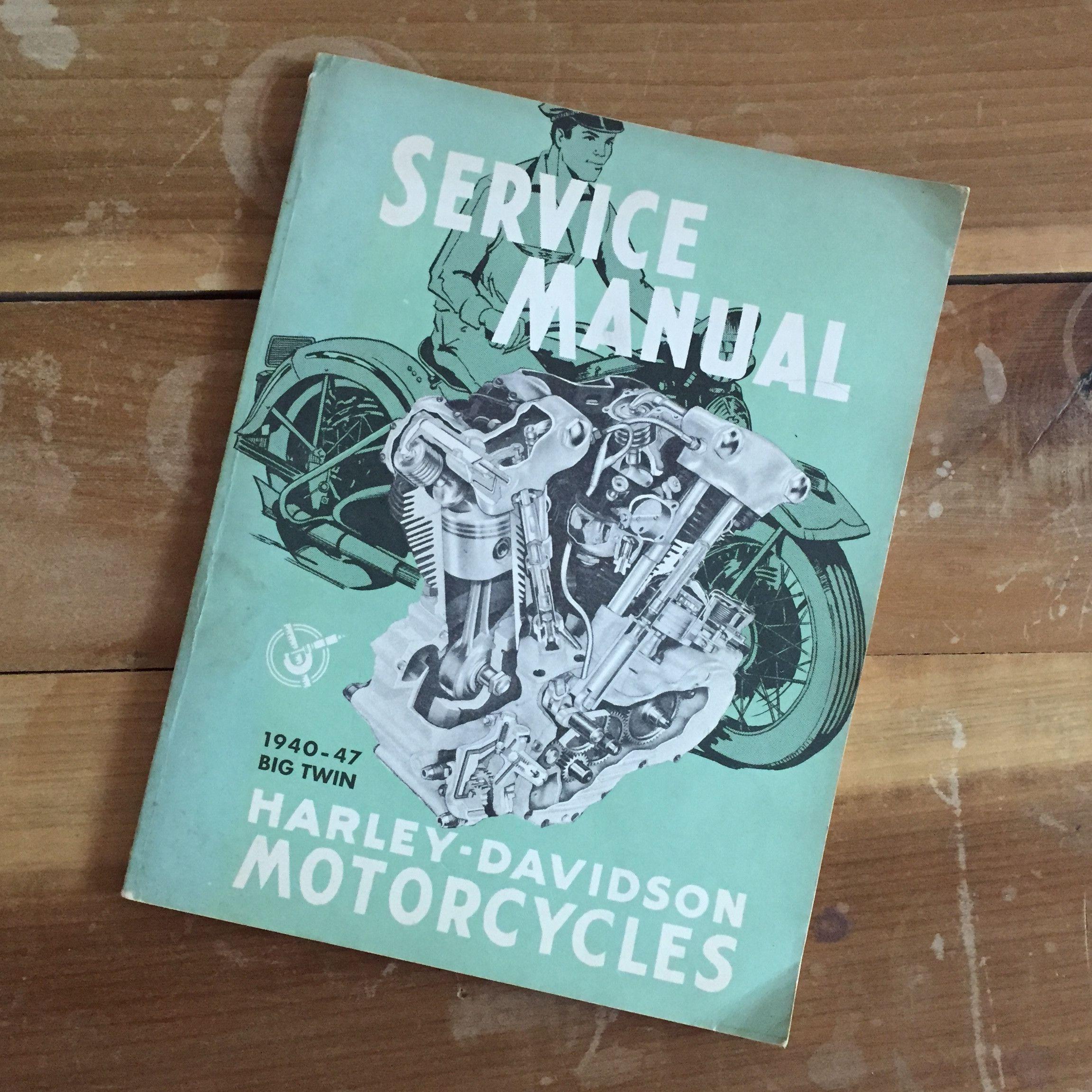 A TSY VINTAGE GOODS, 1940-1947 BIG TWIN HARLEY-DAVIDSON MOTORCYCLES SERVICE  MANUAL, ORIGINAL