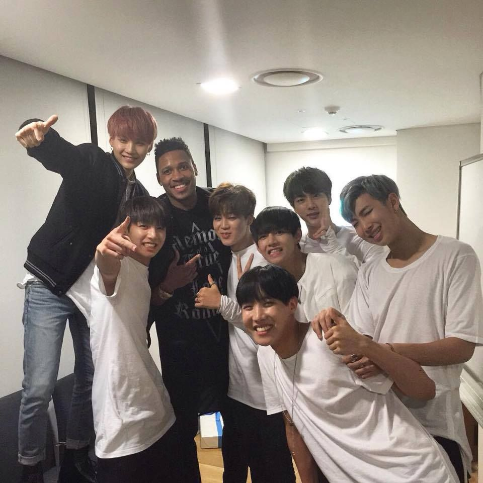 Instagram: 10.05.15 - Tony Jones  l Caught up w/my lil' bros #BTS out here in Korea yesterday! Great to see these boys develop how they have in the past year. Continue making great music and showing the world why you're the greatest #kpop group ever  #BangtanBoys