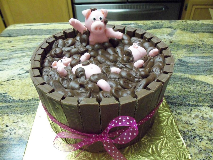 Cake Kit Kat Pigs : Pig Sty Cake: Chocolate cake frosted in chocolate fudge ...