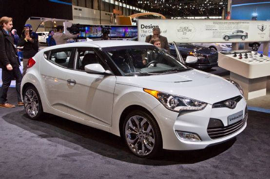 Not A Gag Hyundai Veloster Re Flex Edition Debuts In Chicago