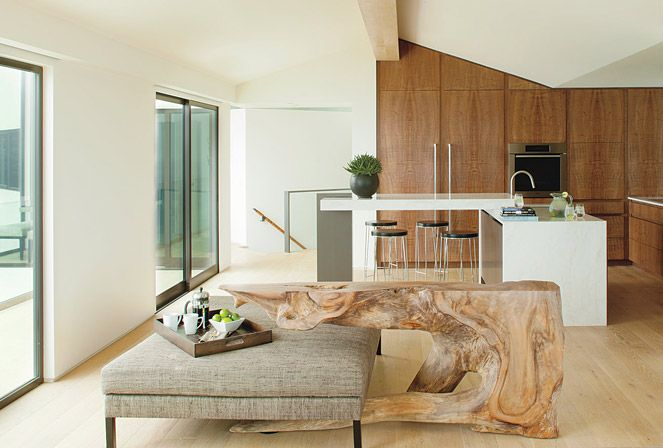 A Pacific Palisades House Connects With Its Site