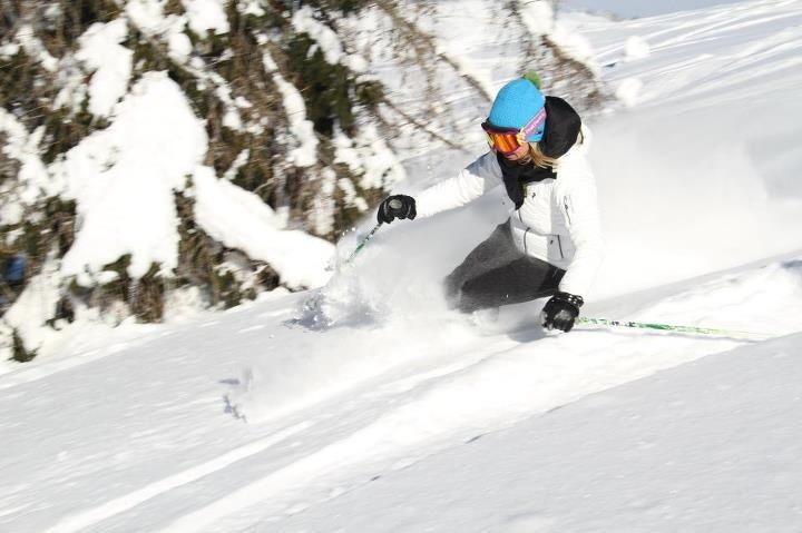 Skiing Snow Peak Performance Kask Head Alta Badia Love