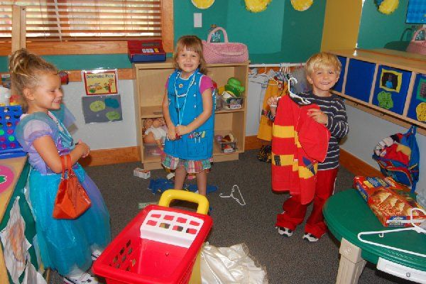 dramatic play Dramatic play: a context for meaningful engagements christie teaches courses  in reading and early childhood education at arizona state university tempe.