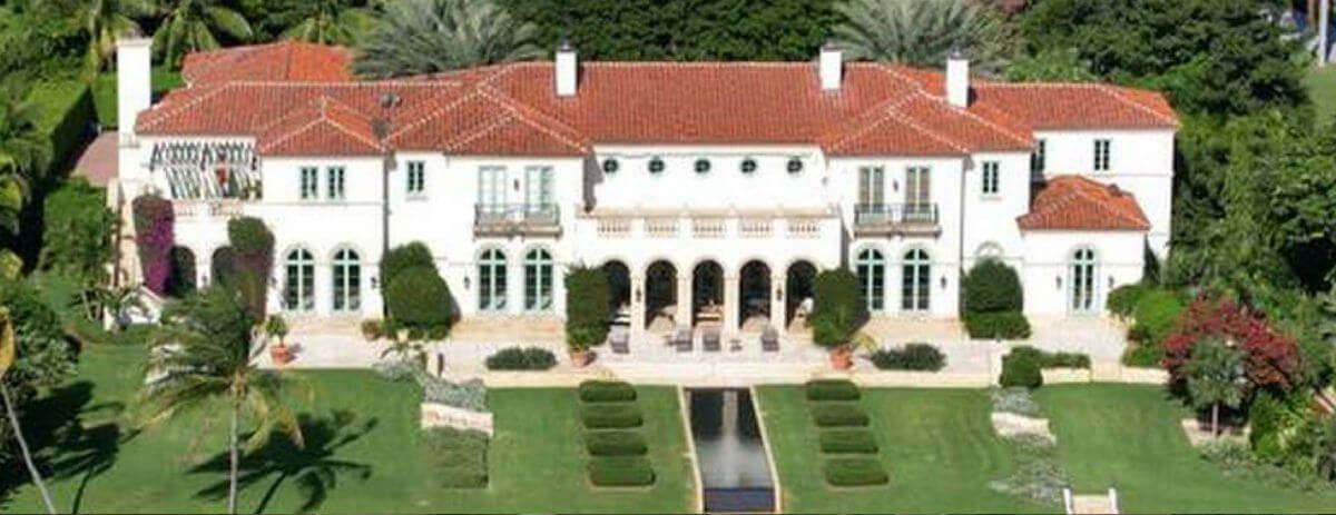 In Vendita Ad Un Prezzo Record La Villa Di Julio Iglesias A Miami Coldwell Banker Global Luxury Italy Https Www Coldwellbanker Villa Julio Iglesias Miami