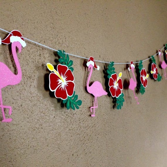 Tropical Hawaiian Christmas Garland, Christmas in July, Hawaii Beach Hibiscus Lei Flamingo Banner, M #holidaysinjuly