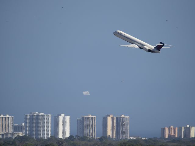 14 tips for finding low airfares, 2015 edition