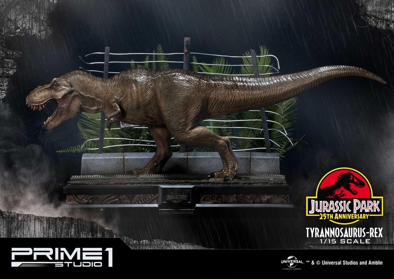 Jurassic World: Fallen Kingdom - Life Size Baby Blue Statue