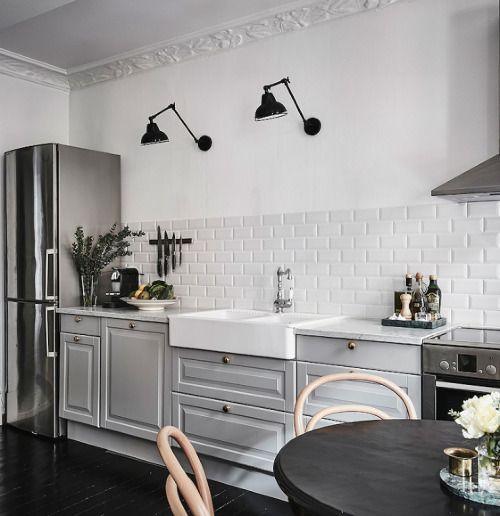 9 Gorgeous White Grey And Pink Interiors That Make You Dream Kitchen Interior Home Kitchens Kitchen Renovation