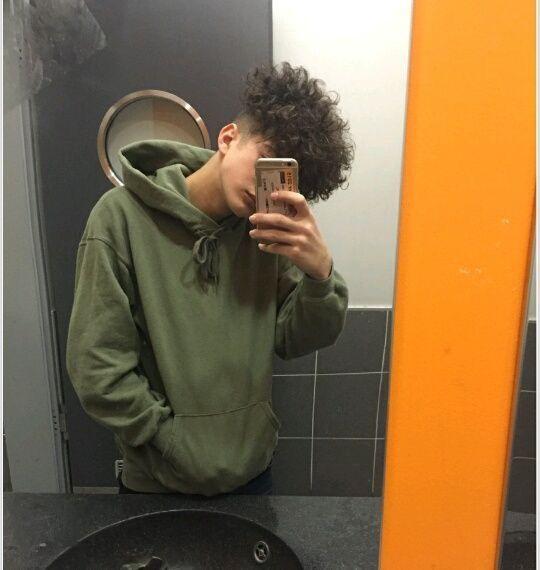 3 Adli Kullanicinin Boy Panosundaki Pin Oglanlar Stil Tarz Moda