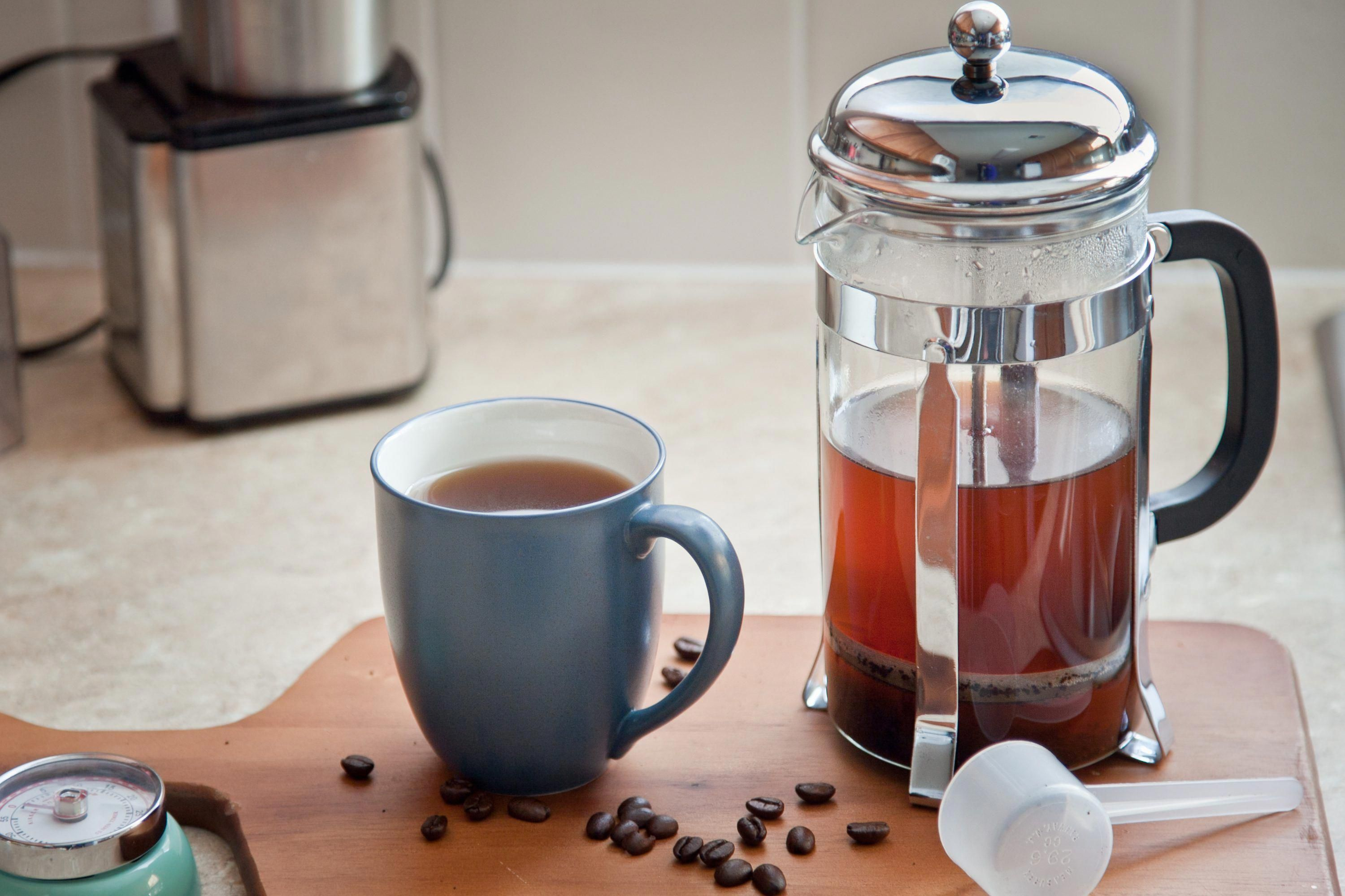 How to make french press coffee using a french press to