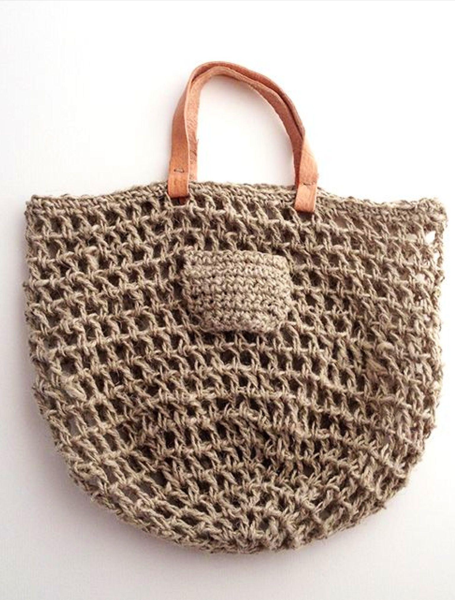 8414234ba65f3 Open crochet.. will need to line bag.   DIY Bags   Tığ işi çanta ...