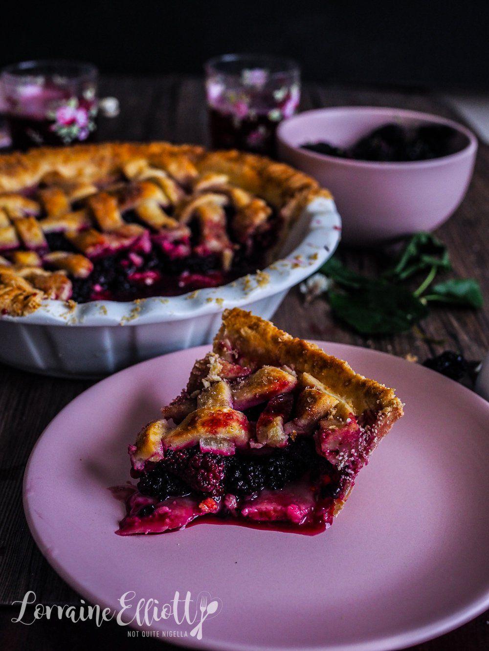 A Berry Special Mulberry Pinot Noir Pie Recipe Mulberry Recipes Mulberry Pie Low Carb Desserts