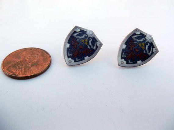 Talk about awesome, Zelda earrings ftw!
