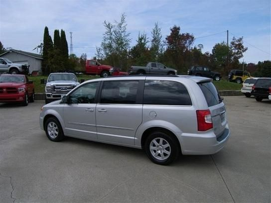 Cars For Sale 2012 Chrysler Town Country Touring In Waterford