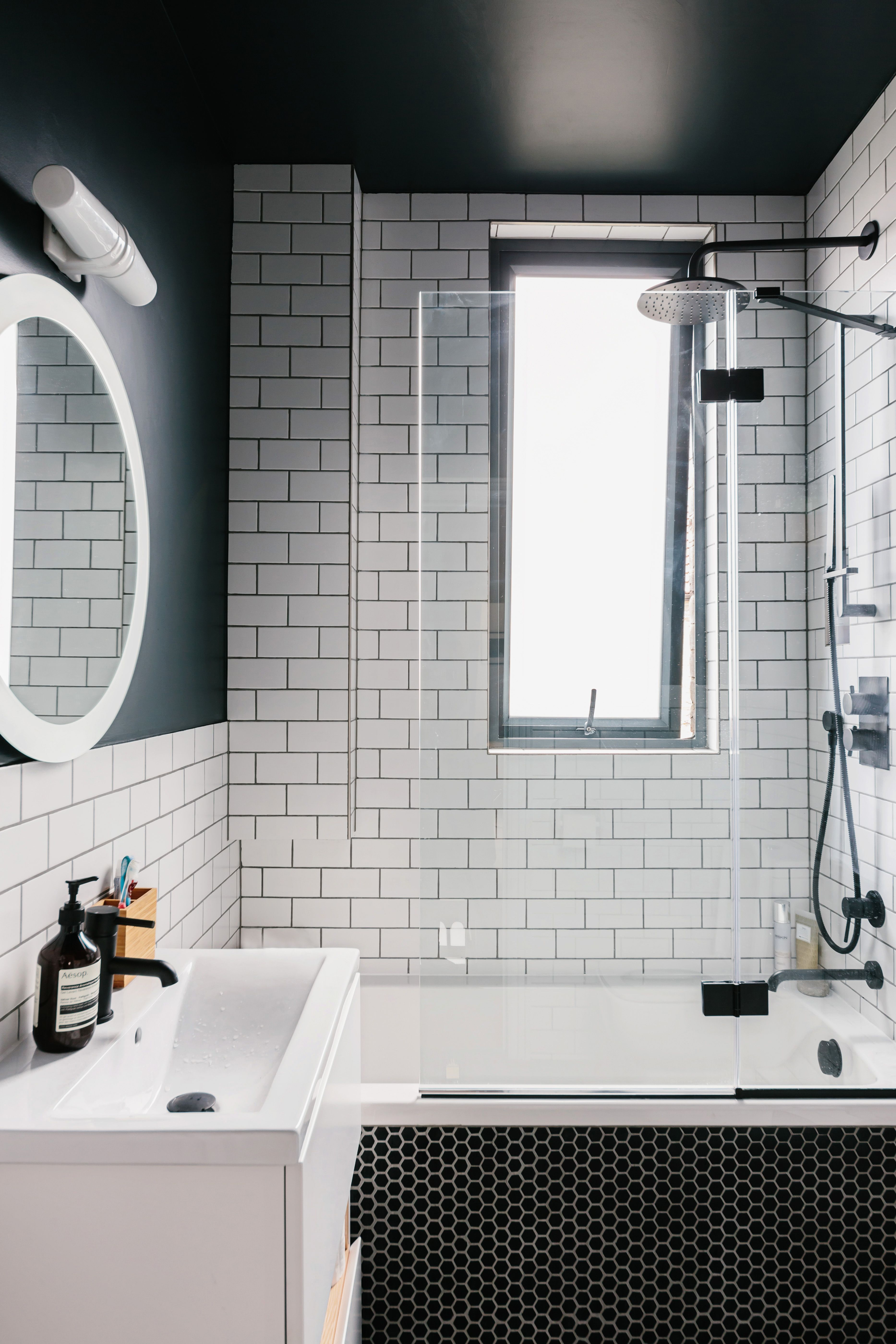These Modern Shower Ideas Are Cleaning Up Hunker Modern Shower Bathrooms Remodel Bathroom Backsplash
