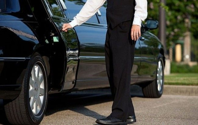 Affordable Car Service Near Me | Chauffeur service, Limo ...