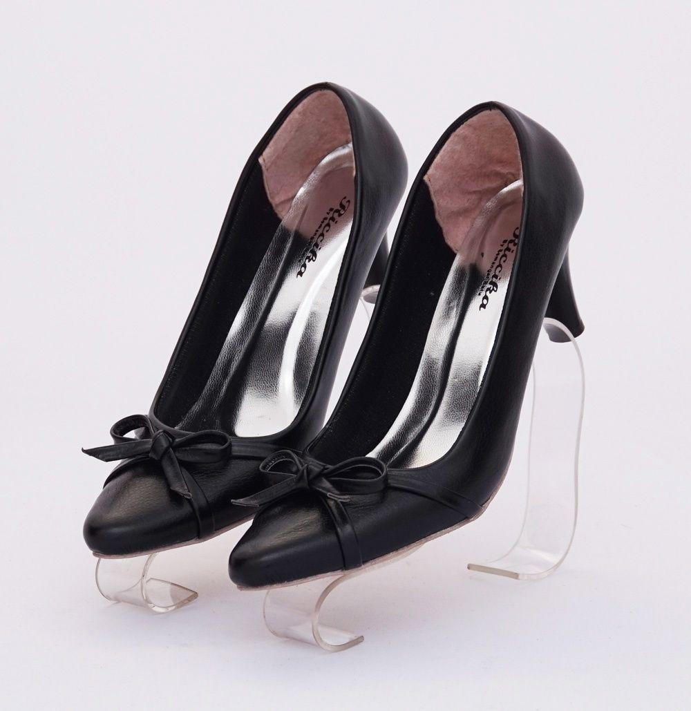 Sepatu Heels Ribbon Elegan Warna Hitam Heels 7 Cm Bahan Kulit