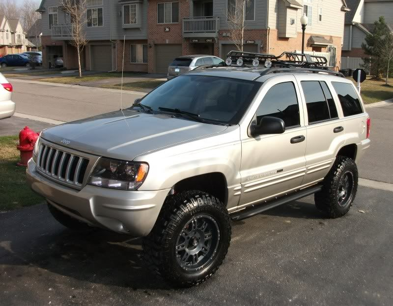 Jeep Wj Black Wheels Angel Eyes Front Ligths And Roof Rack Jeep Wj Jeep Jeep Grand Cherokee Zj