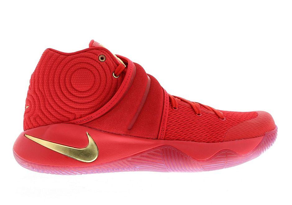 1daa212bef6 Nike Basketball USA Gold Swoosh Pack