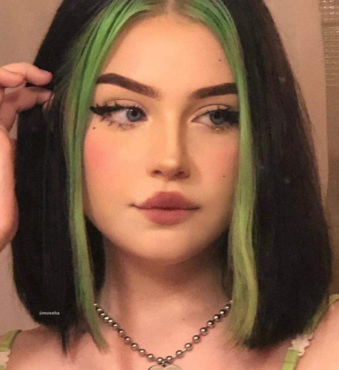 Muha On Instagram Which One 1 2 3 4 Or 5 Follow Mueeha For More In 2020 Hair Inspo Color Hair Color Streaks Aesthetic Hair