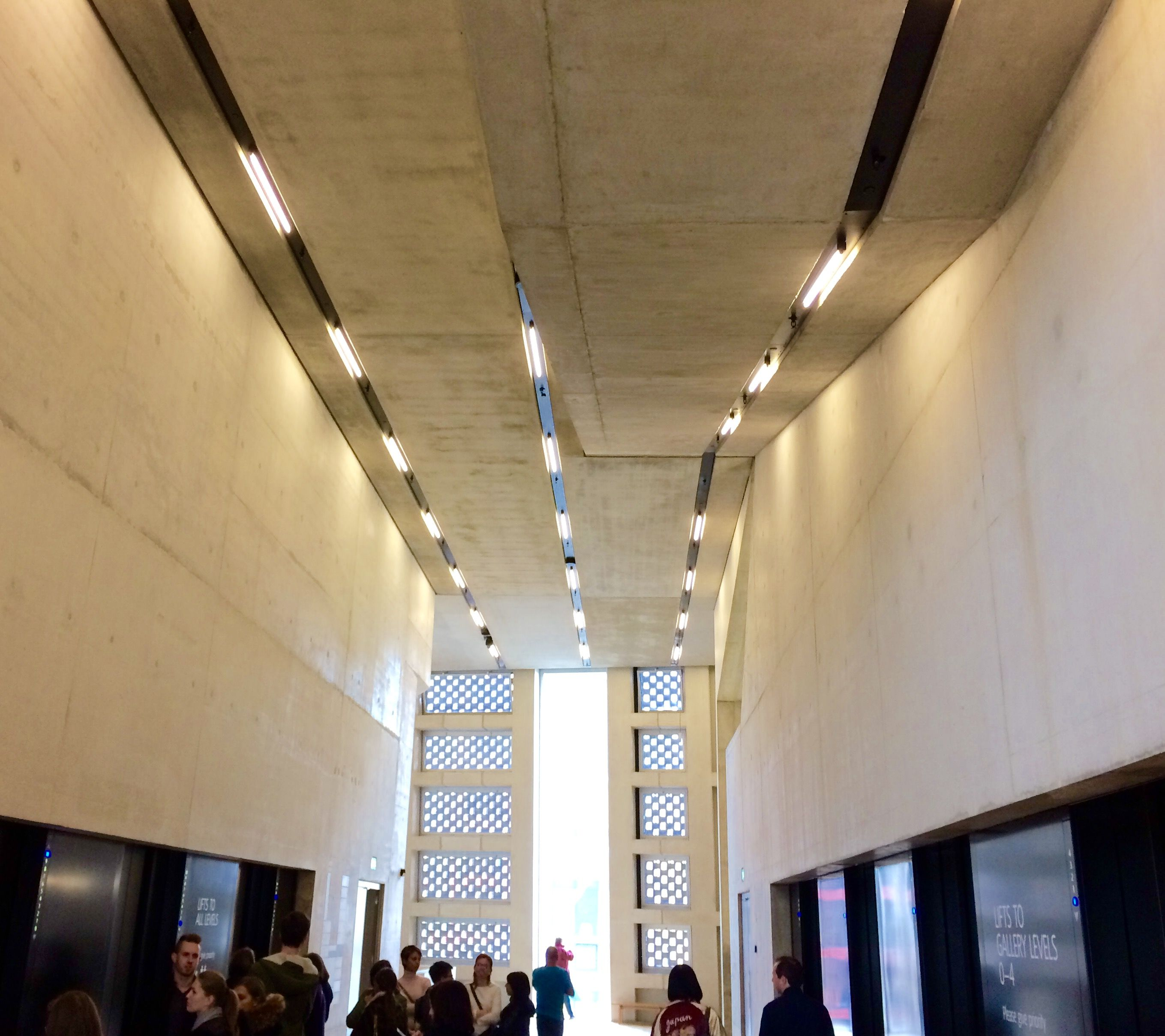 Tate Modern  Switch house  Herzog & de Meuron