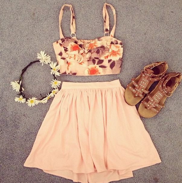 crop top and high waisted skirt