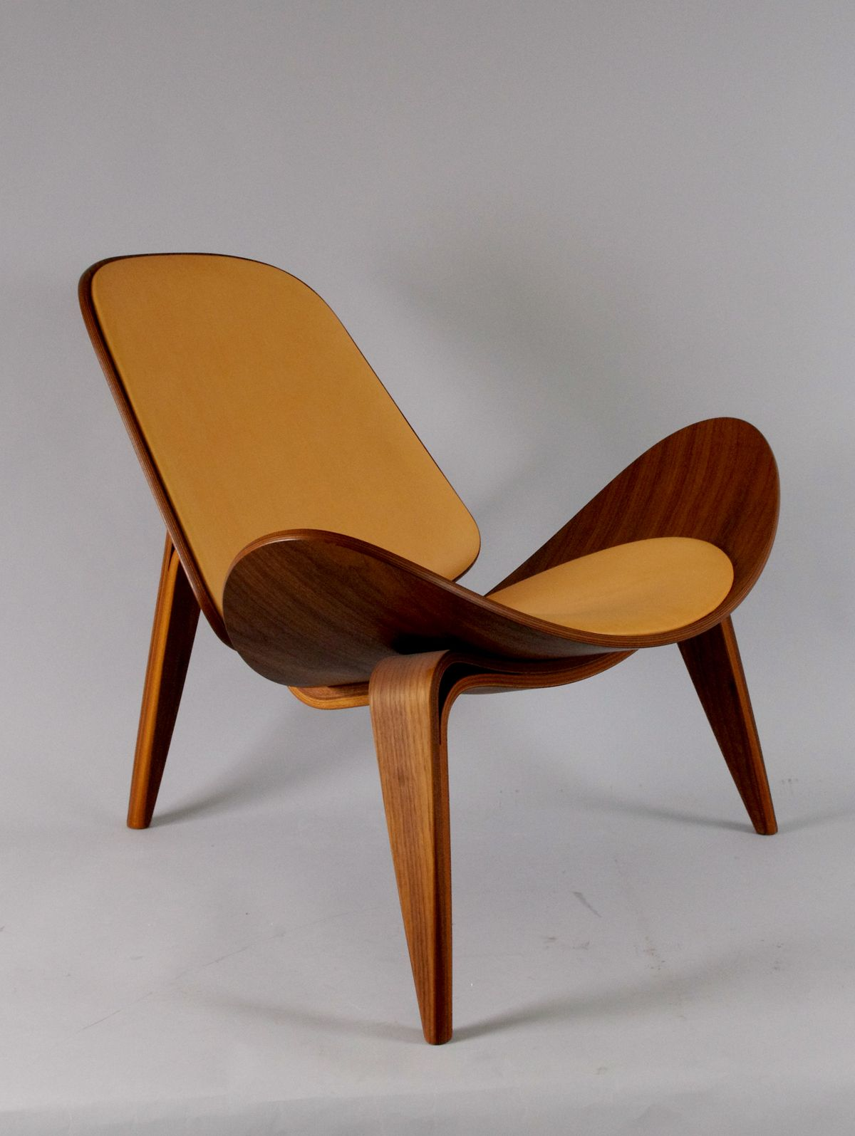 Shell Chair Hans J.Wegner