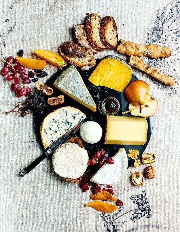 Comment Composer Un Plateau De Fromages Pour Les Fetes Elle Plateau De Fromage Fromage Idee Menu Noel