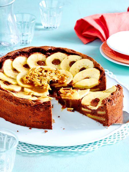 schoko apfelkuchen mit karamellso e und mandeln rezept pfel die besten rezepte cake. Black Bedroom Furniture Sets. Home Design Ideas